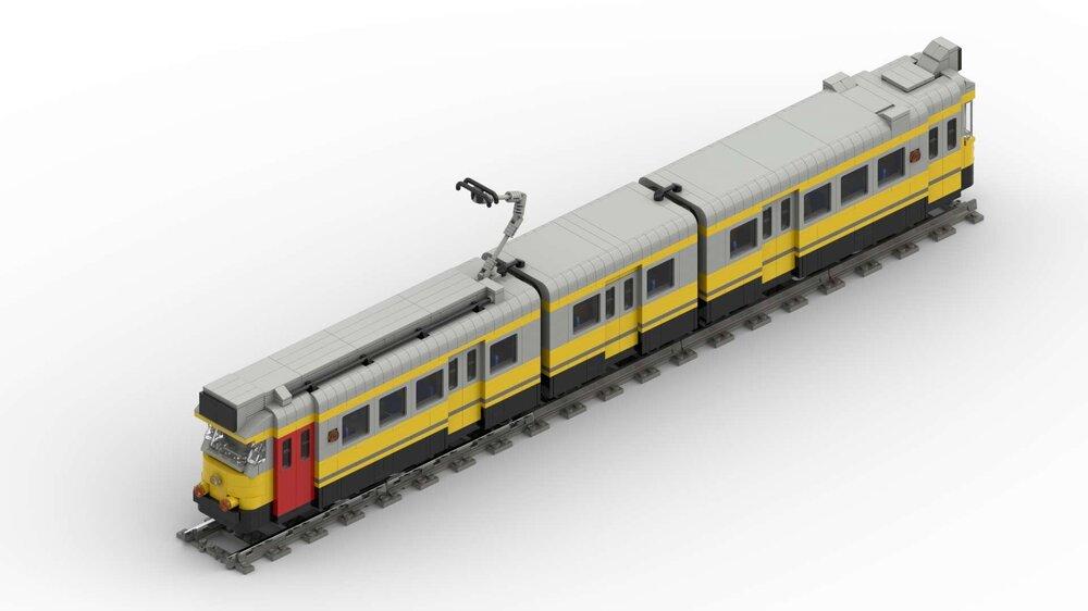 Amsterdam Tram (Yellow).jpg